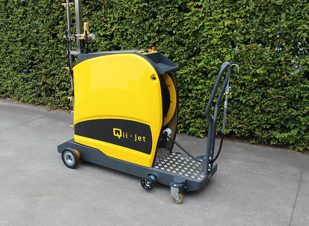 Qii-Jet HMV - manual hose reel spraying machine